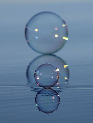 Photograph - Crazy Eight Bubbles by Cathie Douglas