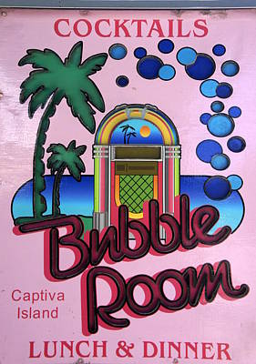 Photograph - Bubble Room 2 by Laurie Perry