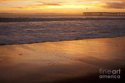 Bubbles On The Sand With Ventura Pier  Art Print