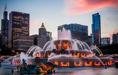 Photograph - Buckingham Fountain And The Willis Tower by Anthony Doudt