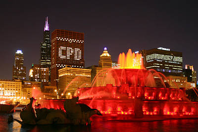 Photograph - Buckingham Fountain Chicago by Daniel Woodrum