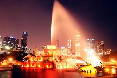 Photograph - Buckingham Fountain In Chicago  by John McGraw