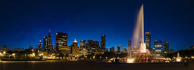 Photograph - Buckingham Fountain Just After Sunset  by John McGraw