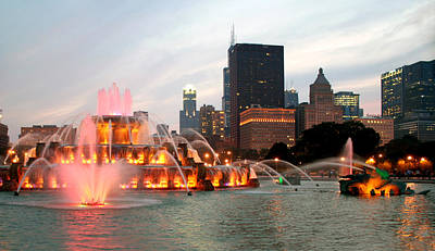 Photograph - Buckingham Fountain - Chicago by Kathryn McBride