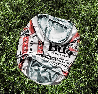 Empty Beer Cans Photograph - Bud Crushed  by Daniel Sanchez Blasco
