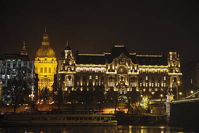 Budapest Hungary Hotels Photograph - Budapest Four Seasons Hotel by David Waldo