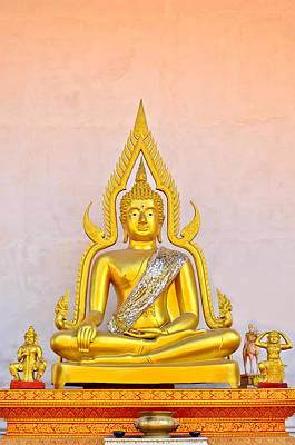 Buddha Statue Print by Keerati Preechanugoon