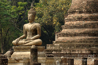 Photograph - Buddha Sukhothai Thailand by Bob Christopher