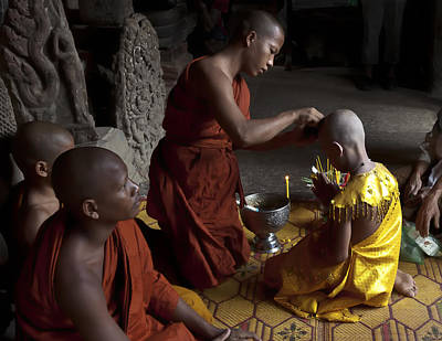 Photograph - Buddhist Initiation Photograph By Jo Ann Tomaselli by Jo Ann Tomaselli
