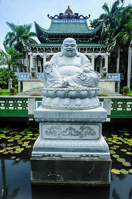 Buddhist Statue Before The Taoist Art Print
