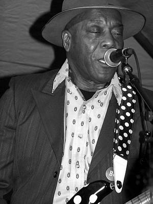 Photograph - Buddy Guy Sings The Blues by Ginger Wakem