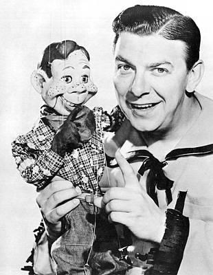 Head And Shoulders Photograph - Buffalo Bob And Howdy Doody by Underwood Archives