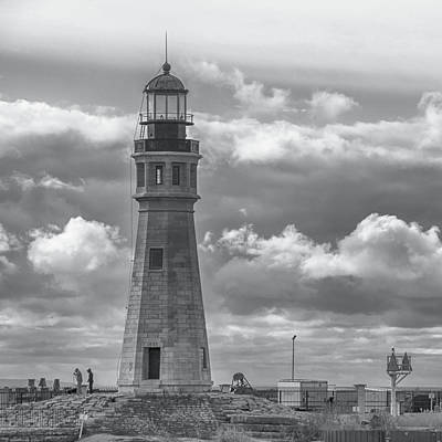 Photograph - Buffalo Lighthouse  7d08207 by Guy Whiteley