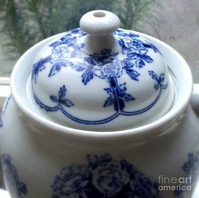 Blue And White Porcelain Photograph - Buffalo Pottery Teapot 1914  3 by Tanya  Searcy