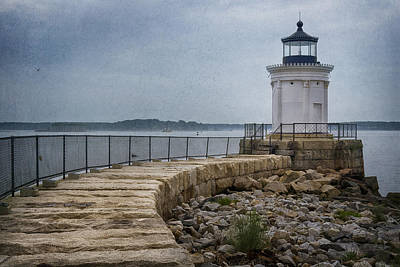 Portland Lighthouse Photograph - Bug Light by Joan Carroll