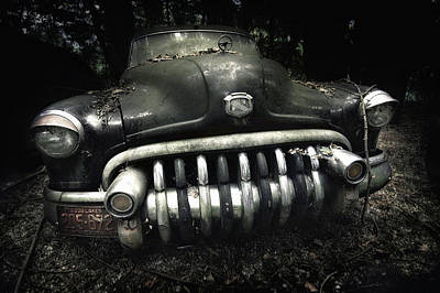 Abandoned Car Photograph - Buick by Holger Droste