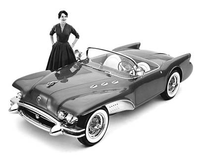 Single Object Photograph - Buick Wildcat II Concept Car by Underwood Archives