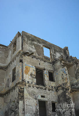 Photograph - Building In Ruins by Patricia Hofmeester