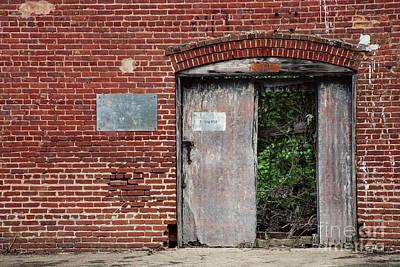 Alabama Photograph - Building No 58 by Erin Johnson