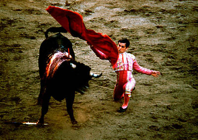 Photograph - Bullfight - Swinging The Cape by Robert  Rodvik