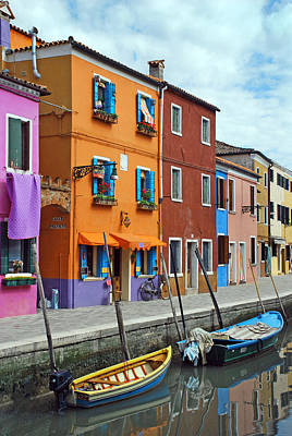 Paintbox Photograph - Burano Italy by Elaine Walsh