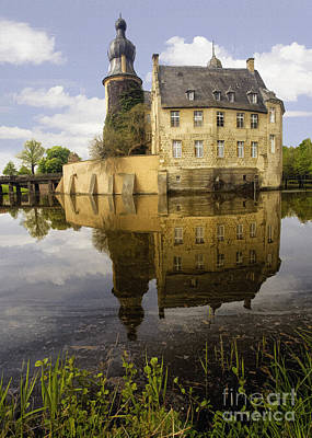 Photograph - Burg Gemen by Sharon Foster