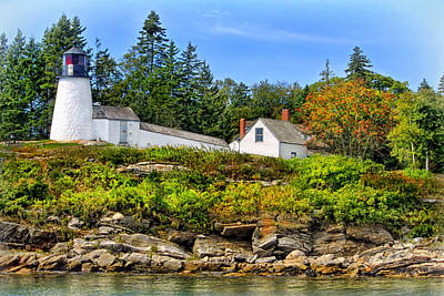 Photograph - Burnt Island Lighthouse by Carolyn Derstine