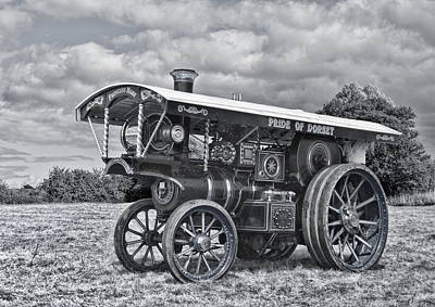 Digital Art - Burrell Showmans Engine Mono Version by Paul Gulliver