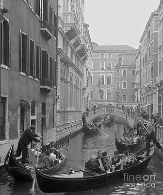 Photograph - Busy Day In Venice by Suzanne Oesterling