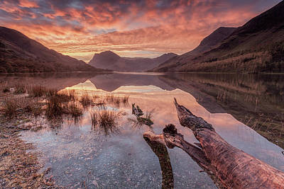 Log Wall Art - Photograph - Buttermere Sunrise by George Johnson