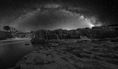 Sioux Photograph - Bwcday2  Night At The Falls by Aaron J Groen