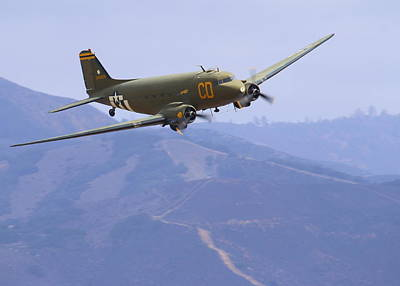 C47 Skytrain Fly-by At Salinas Air Show Art Print