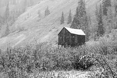 Photograph - Cabin In The Snow by Daniel Woodrum