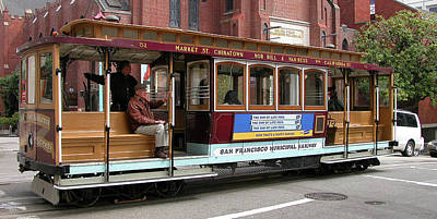 Photograph - Cable Car 0877 by Guy Whiteley