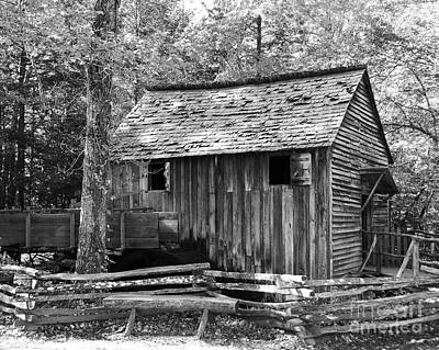Grist Mill Photograph - Cable Grist Mill 1 by Mel Steinhauer