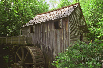 Cable Mill In Smoky Mtns Art Print by Teri Brown