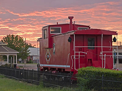 Photograph - Caboose 1 by Walter Herrit