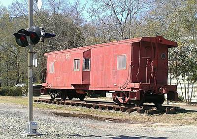Photograph - Caboose by Lew Davis