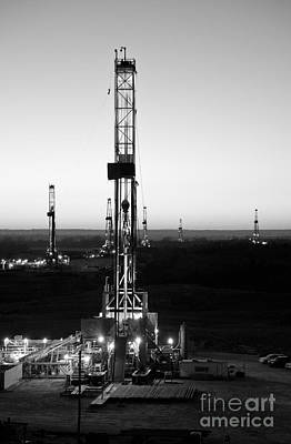 Oil Rig Photograph - Cac001-159 by Cooper Ross