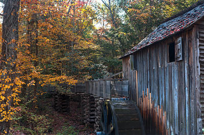 Smokey Mountains Photograph - Cades Cove Mill by Steve Gadomski