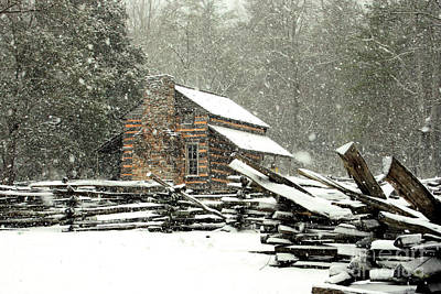 Photograph - Cades Cove - Snowy Cabin by Michael Creamer