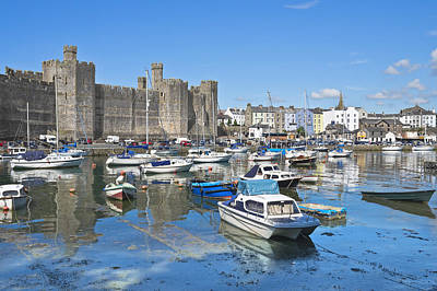 Photograph - Caernarfon Castle Wales by Jane McIlroy