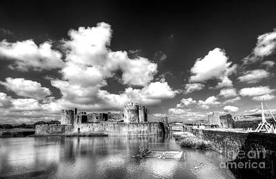 Photograph - Caerphilly Castle 7 Monochrome by Steve Purnell