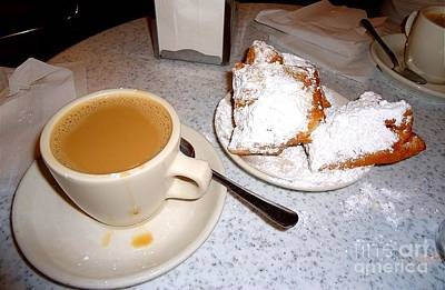 Photograph - Cafe Au Lait And Bingnets At Cafe Dumonde by Saundra Myles