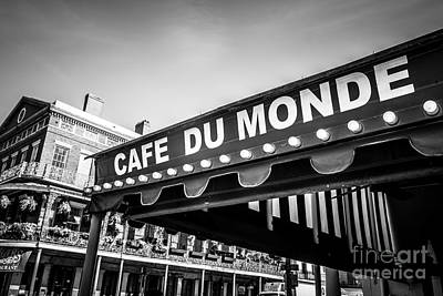 Black Stand Photograph - Cafe Du Monde Black And White Picture by Paul Velgos