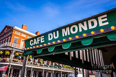 French Quarter Photograph - Cafe Du Monde Picture In New Orleans Louisiana by Paul Velgos