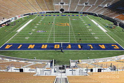 Ucb Photograph - Cal Golden Bears California Memorial Stadium Berkeley California 5d24684 by Wingsdomain Art and Photography