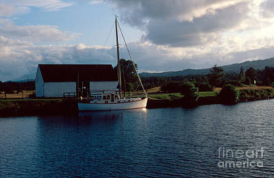 Caledonian Canal Photograph - Caledonian Canal by Riccardo Mottola
