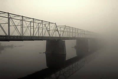 Print featuring the photograph Calhoun Street Bridge In Fog by Steven Richman