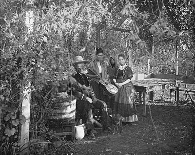 Photograph - California Family, C1890 by Granger